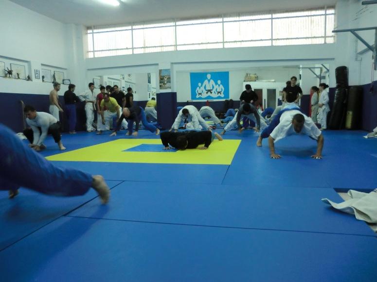 Calentamiento intensivo - Agrupación Deportiva Judo Club Muñiz